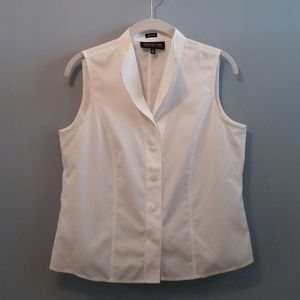 Jones New York No Iron sleeveless shirt Size 10